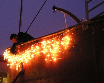 lighting-up-lightship